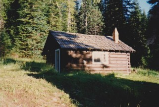 little witas cabin 001